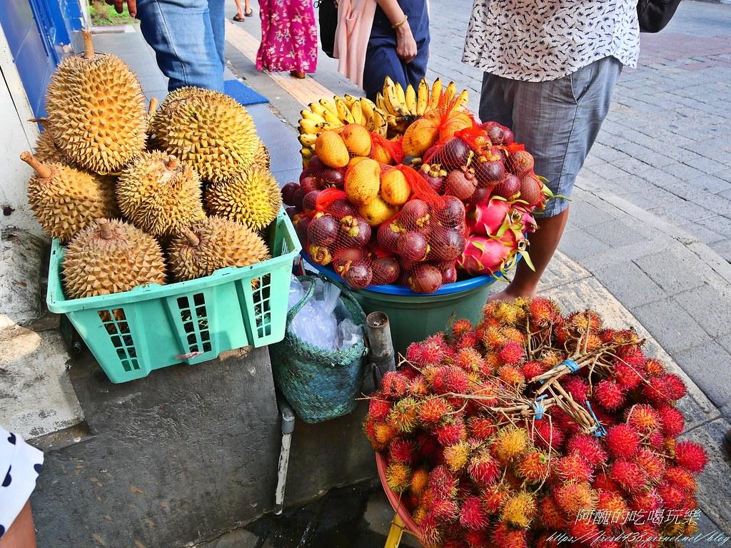 P1015792水果要在烏布買比較便宜