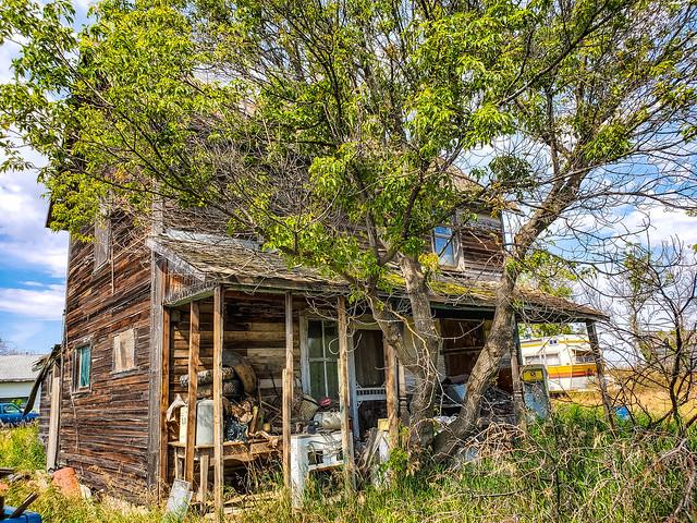 Abandoned Homestead..Explored