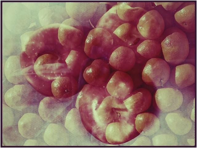 Por una manzana 🍎, Eva conoció el sexo, y Blancanieves a su Príncipe ¿Y tú buscando tu media naranja 🍊? Sal y hartaté de manzanas!
