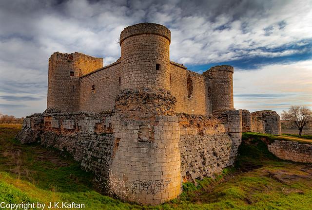 Walking through the Castles,  De Paseo por los Castillos