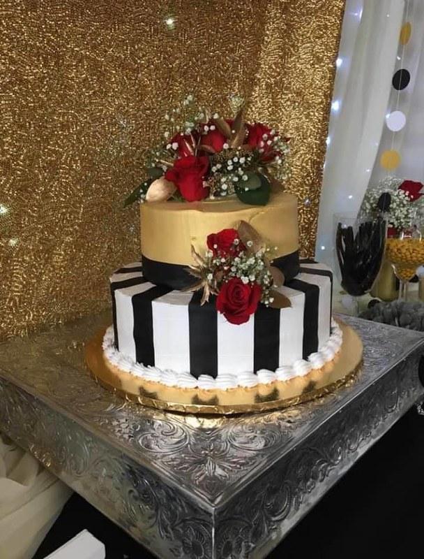 Cake by Valendy's Cakes