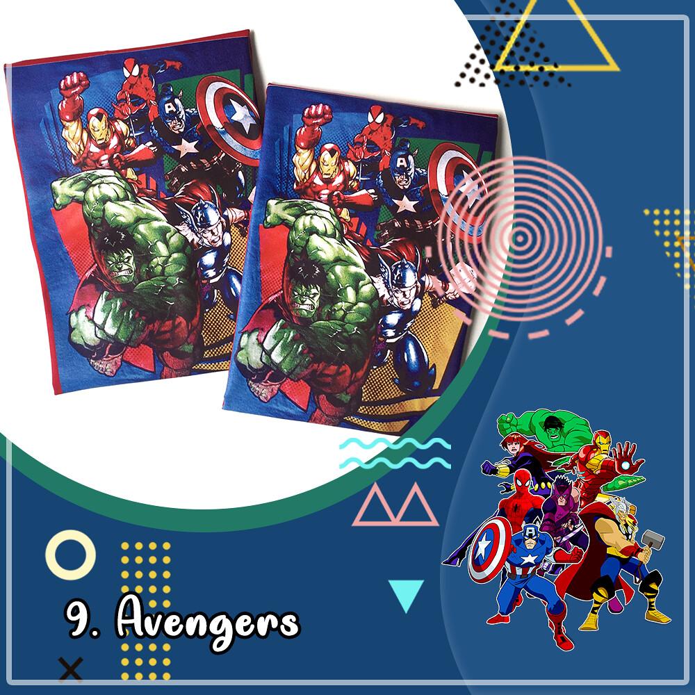Kaos Superhero Avengers