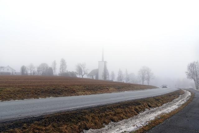 Foggy winter day in Hølen, Norway