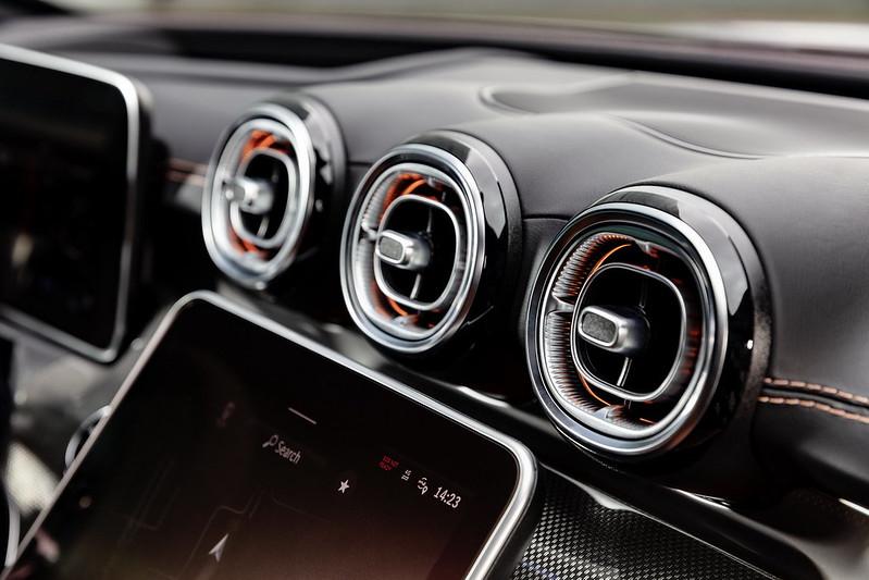 Mercedes-Benz-C-Class (7)