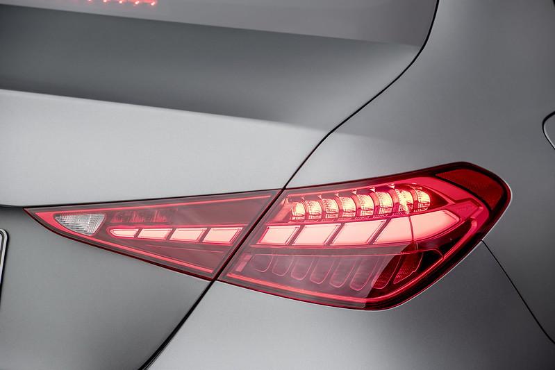 Mercedes-Benz-C-Class (11)