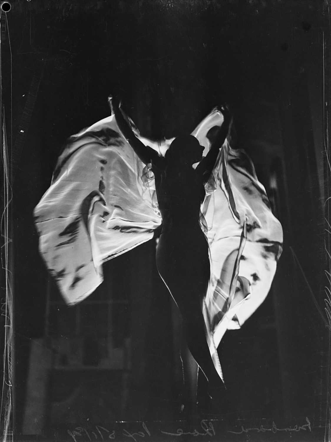 Barbara Blane, shadow-ballet dancer at the Tivoli, 5 January 1939, by Ray Olson