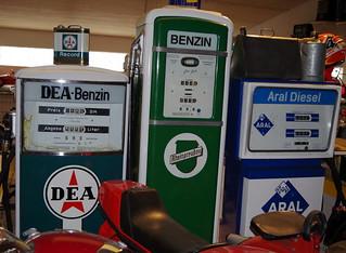 DEA u. Rheinpreußen Benzin u Aral Diesel-Tanksäule