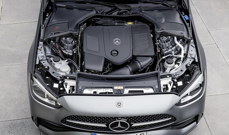Mercedes-Benz-C-Class (14)
