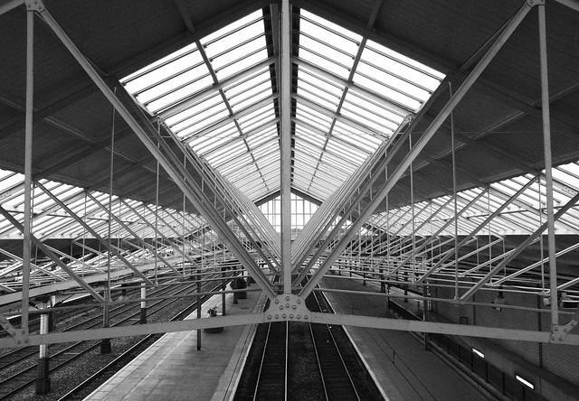 Gorsaf Cryw / Crewe Station