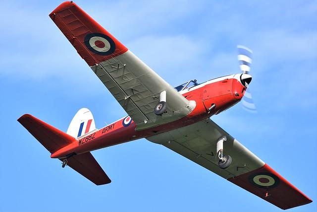 de Havilland Canada DHC-1 Chipmunk T.10  G-BXGP  RAF WZ882