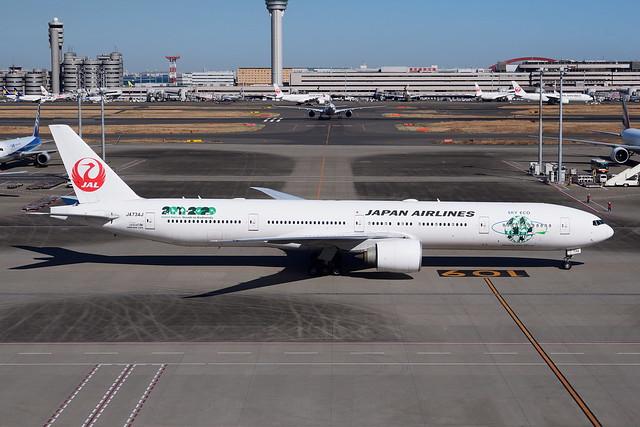 Japan Airlines-Boeing 777-346(ER)/JA734J
