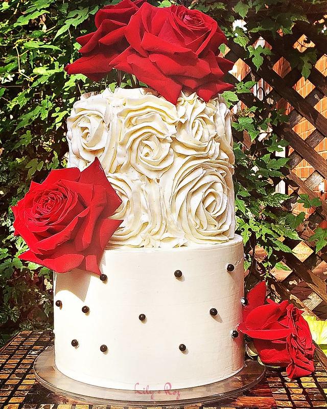 Cake by Lily + Roz