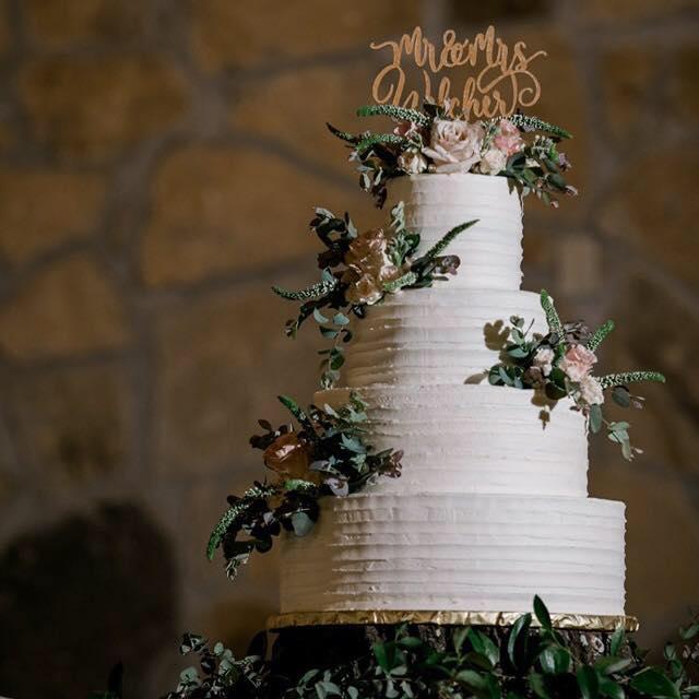 Cake by Caffey Cakes
