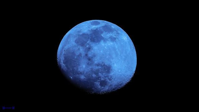 9452 - Moon