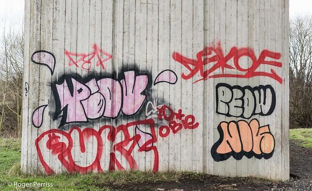 GRAFITTI on A57 PIER_RAP_6924_D810_LR
