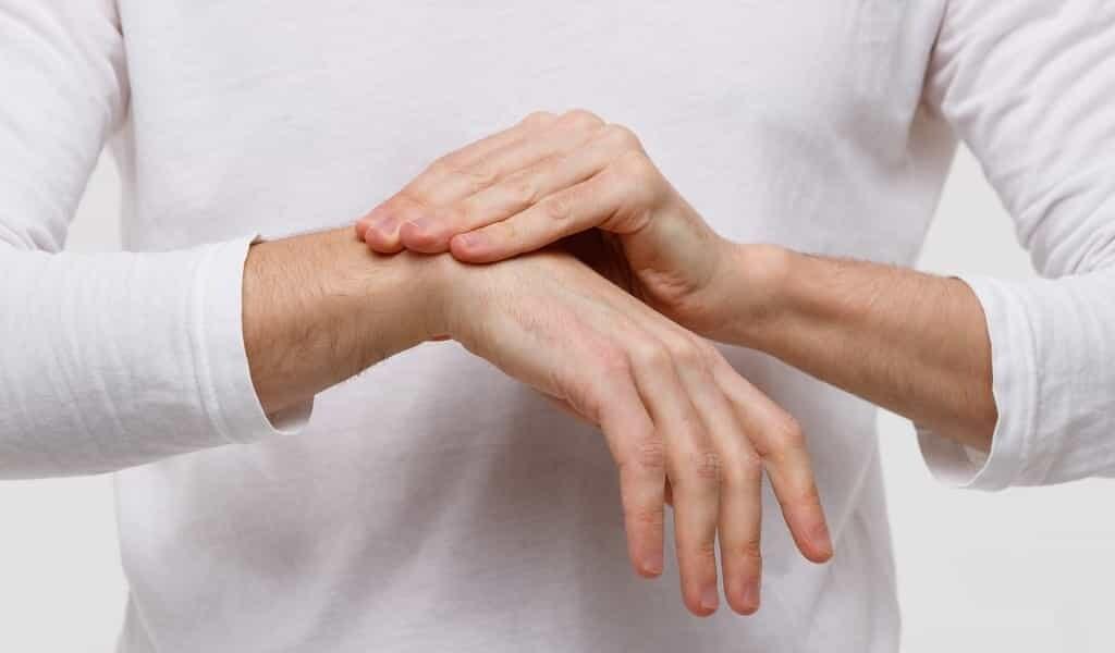 Traiter la polyarthrite rhumatoïde avec des micromoteurs