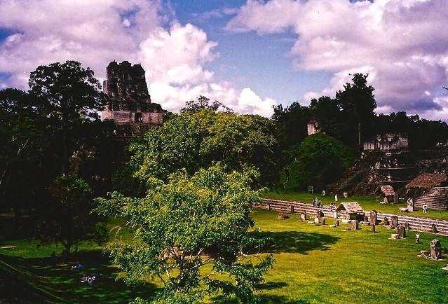 Zona arqueológica de Tikal