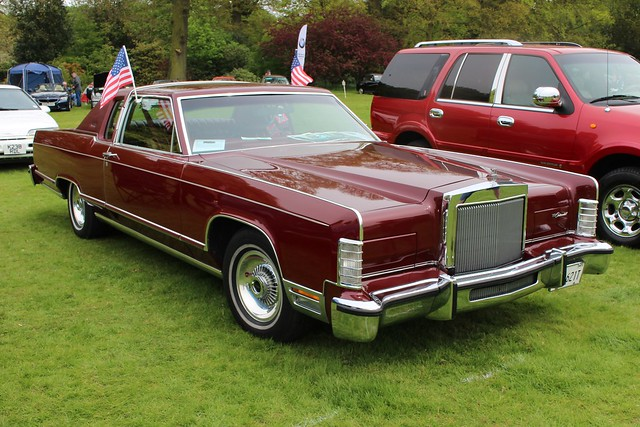 433 Lincoln Continental V (1979) NMA 621 T