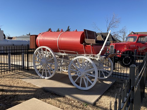 Red Tank Wagon