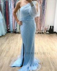 New Arrival Exclusive Hand Beaded Prom Dress made by #desiredress #clothingdesigner #formaldresses #westernfashion #designergown #uniquefashion #pinupdress #wholesaleclothing #fashionwoman #yellowdress #boutiquefashion #couturedress #promseason #bridedres
