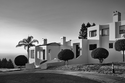 saratoga california usa sanfranciscobay sanfranciscobayarea southbay house residence architecture tree day dawn sunrise goldenhour monochrome blackandwhite sony sonya7 a7 a7ii a7mii alpha7mii ilce7m2 fullframe fe2870mmf3556oss 3xp raw photomatix hdr qualityhdr qualityhdrphotography fav100