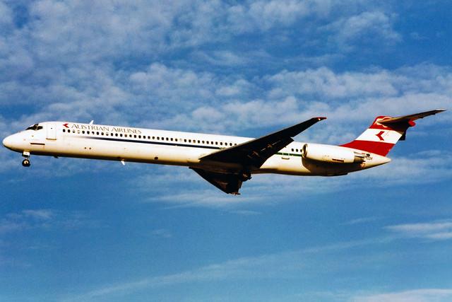 Austrian Airlines | McDonnell Douglas MD-82 | OE-LDY | London Heathrow