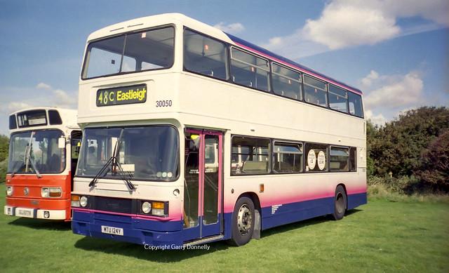 First Hampshire 30050 MTU 124Y