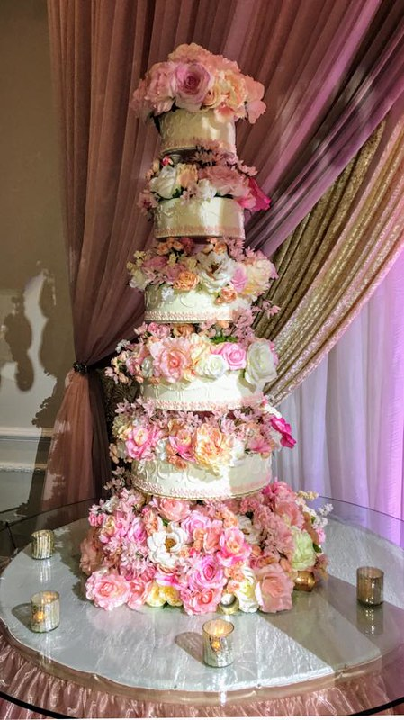 Cake by Cakes Amore