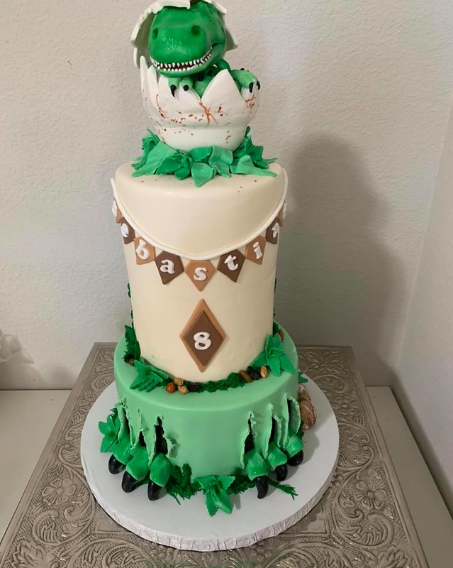 Cake by Ac's Custom Cakes