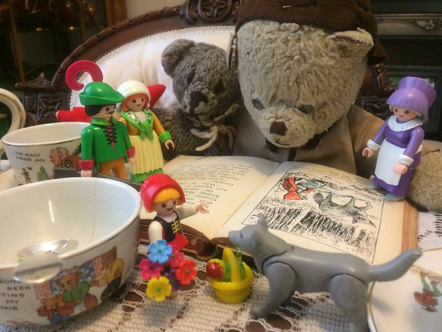Paddington and Scout Celebrate International Read a Faerie Tale Day 2021