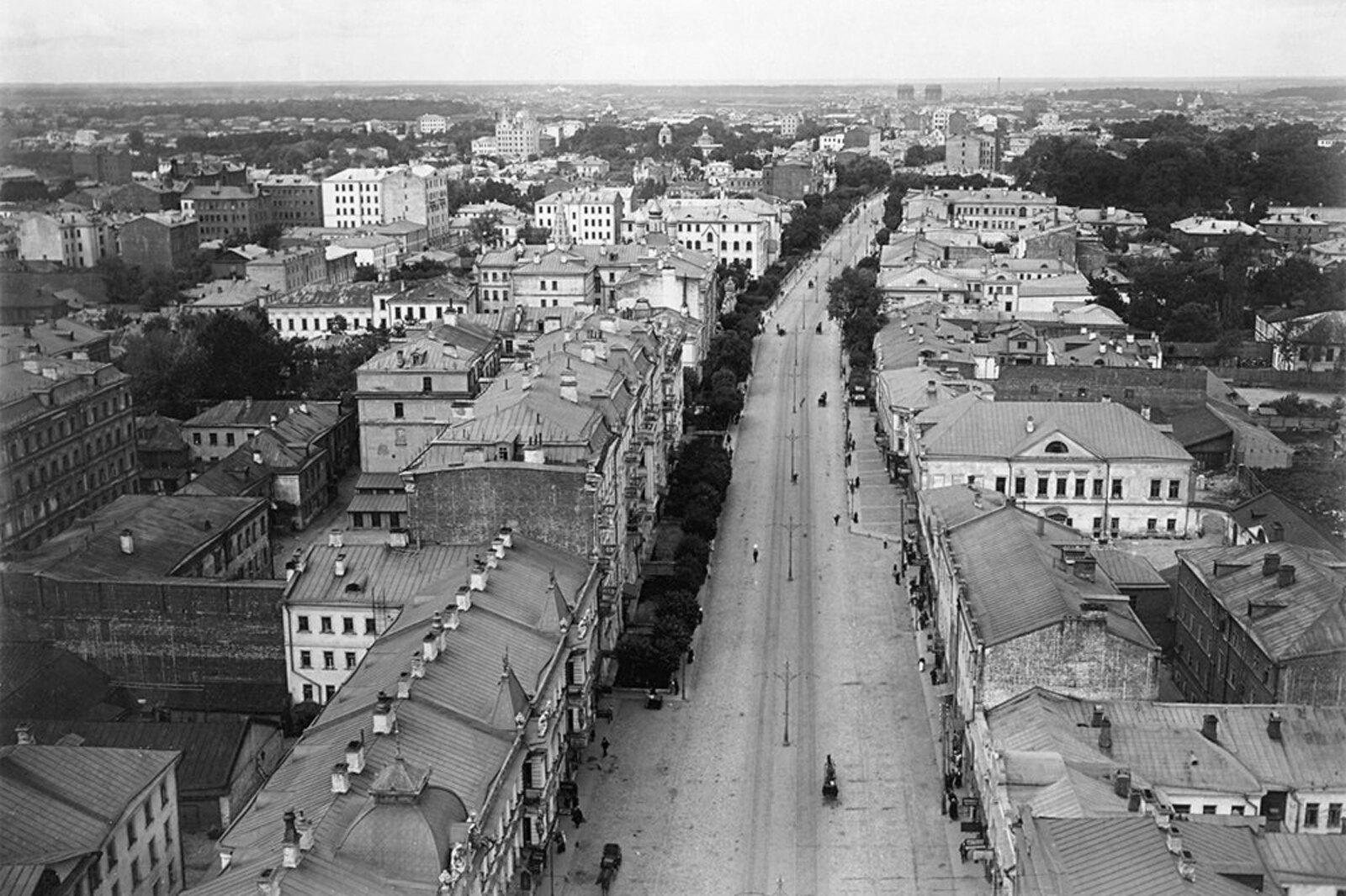 Вид с Сухаревой башни в сторону 1-й Мещанской улицы. 1914