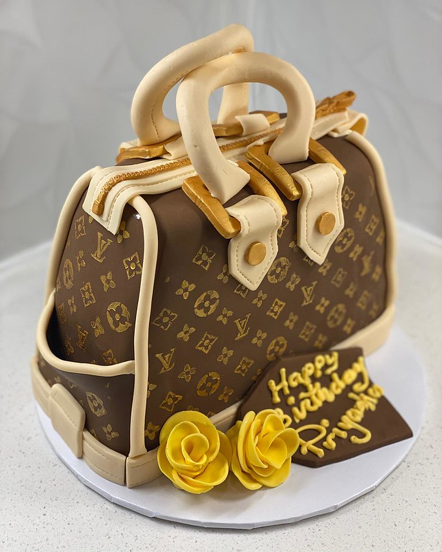 LV Bag Cake by Penelope's Sweet Tooth