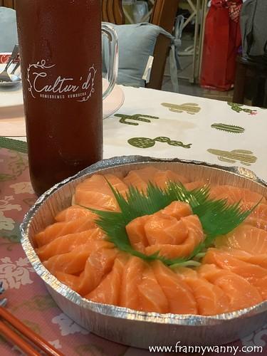 salmon hq 3