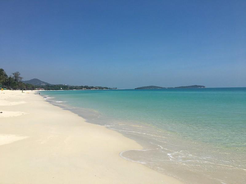 サムイ島から日々雑感 2/25 チャウエンシーズンオン&ワクチン接種が始まります