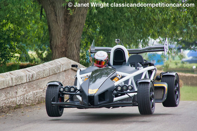 Ariel Atom Nick Faulkner Fastest Cholmondeley Power and Speed 2016