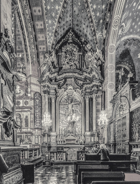 Black and white of multiphoto panorama of the interior of St. Mary's Basilica (Bazylika Mariacka) at the Main Square of Old Town Krakow, Poland.  994-Pano-2-Editbw