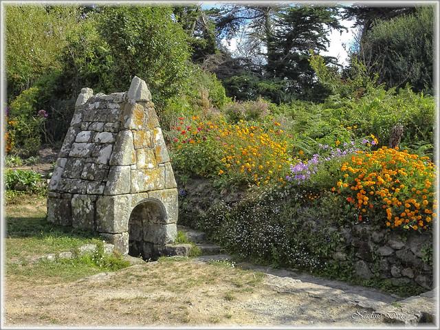 fontaine Notre Dame des Fleurs