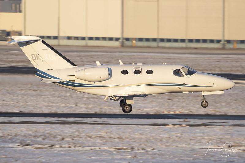 Cessna 510 Citation Mustang – Aeropartner – OK-KUK – Brussels Airport (BRU EBBR) – 2021 02 13 – Landing RWY 01 – 02 – Copyright © 2021 Ivan Coninx
