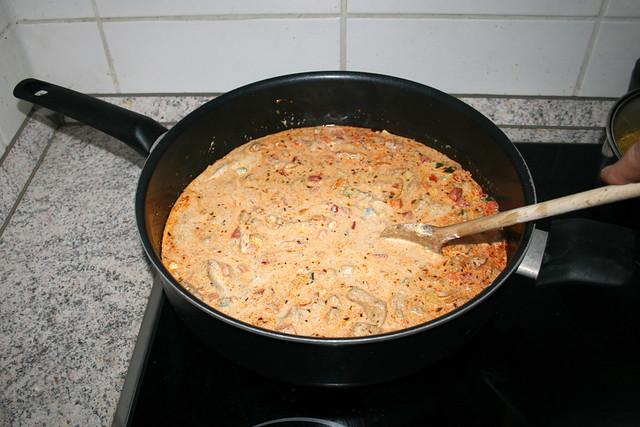 44 - Stir & bring to a boil / Verrühren & aufkochen lassen