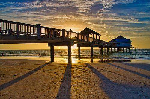 clearwaterbeach usa florida beach landscape pier water blue sky golden bluehour sunset
