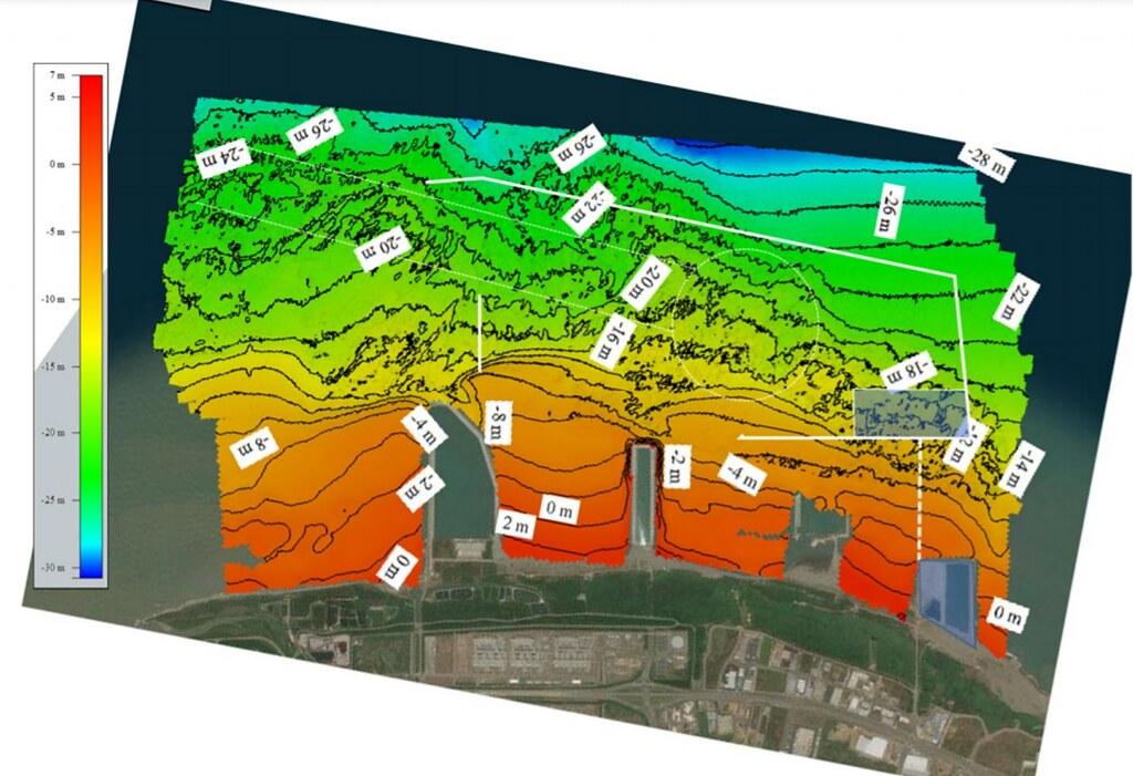 觀塘工業專用港區整體海床地形影像圖(含等深線)。圖片來源:環評書件
