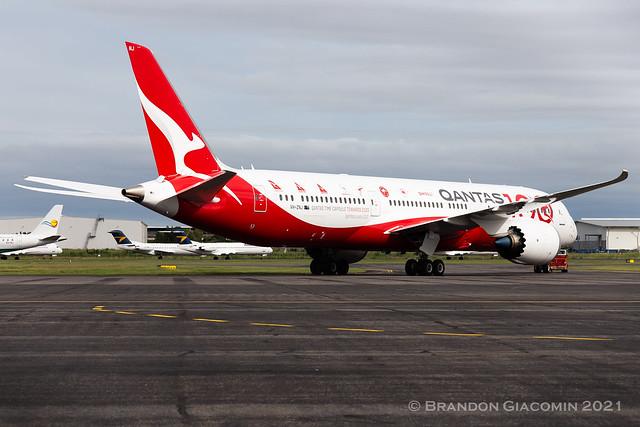 Qantas Boeing 787-9 VH-ZNJ