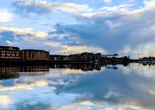 Cloudy reflections at the Docks | by Tony Worrall