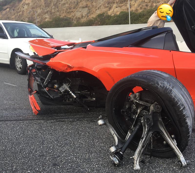 McLaren-720S-Crash-3