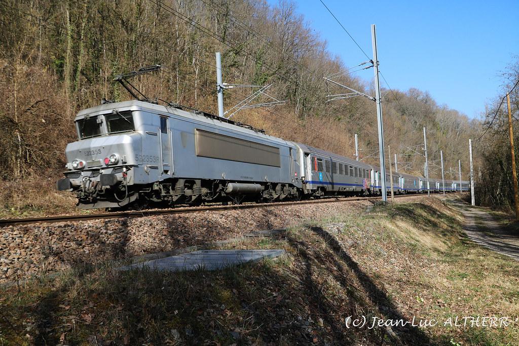 BB-22353 SNCF. Near Challex (01). February 25. 2021