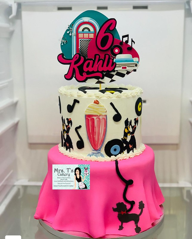 Cake by Mrs.T's Cakery LLC