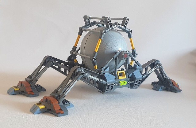 Mobile storage tank based on design from Alpha Centauri