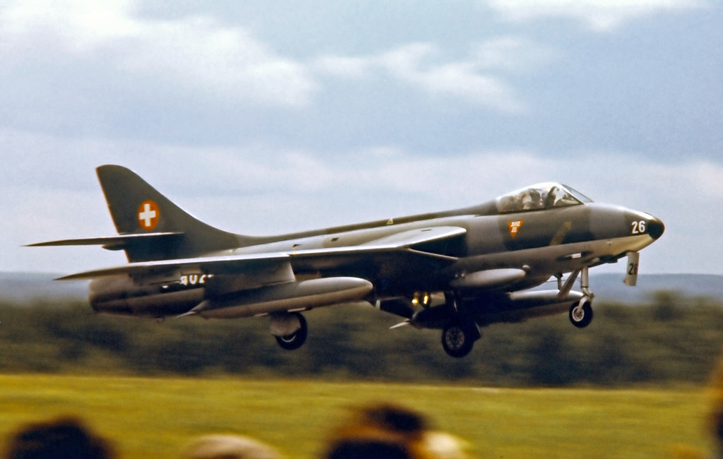 J-4026   Hawker Hunter F.58 [41H/697392] (Swiss Air Force / Patrouille de Suisse) RAF Greenham Common~G 24/06/1979