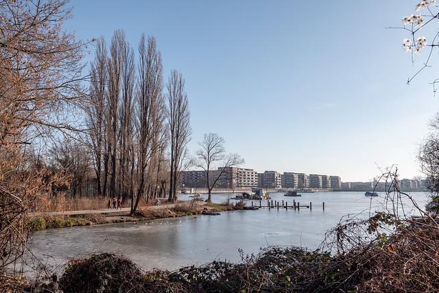 Berlin: Noch vereiste Rummelsburger Bucht - Still ice-covered Rummelsburg Bay