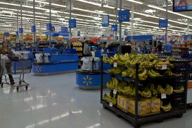 Front end of the Walmart in Waynesboro, Virginia